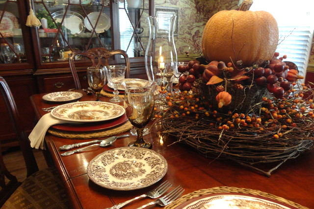Thanksgiving Table Setting Traditional Dining Room