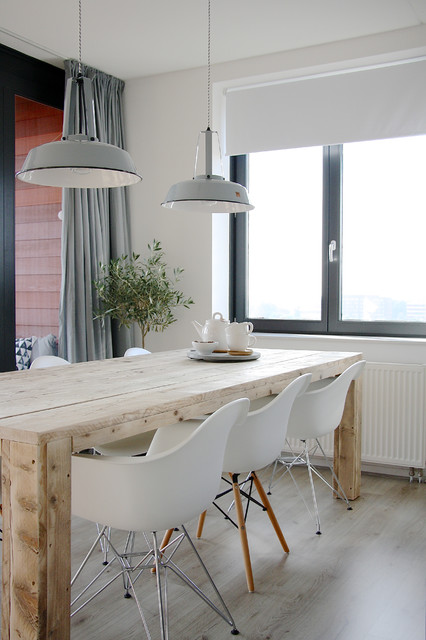 The home of Karlijn and Pieter scandinavian-dining-room