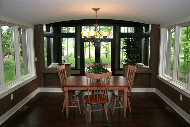 The Woodland Manor traditional-dining-room