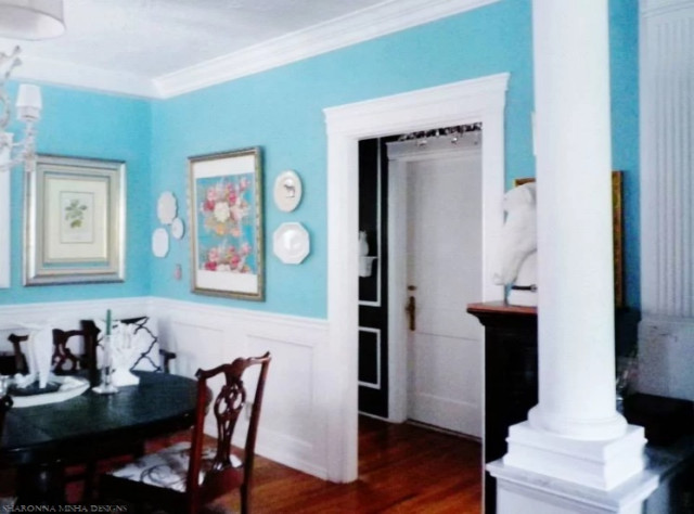 Tiffany blue dining room white millwork trim mouldings for Tiffany d dining room