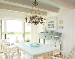 Tracey Rapisardi Design beach-style-dining-room