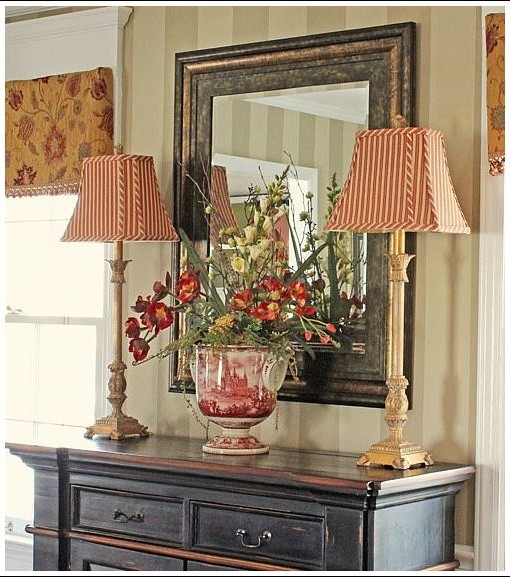 French Country Hallway Ideas Decor: Traditional Dining Room
