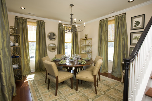 Traditional dining room Feng shui dining room colors