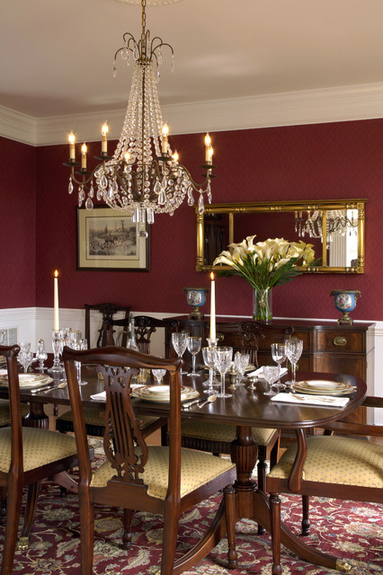 Kuzma Home traditional-dining-room