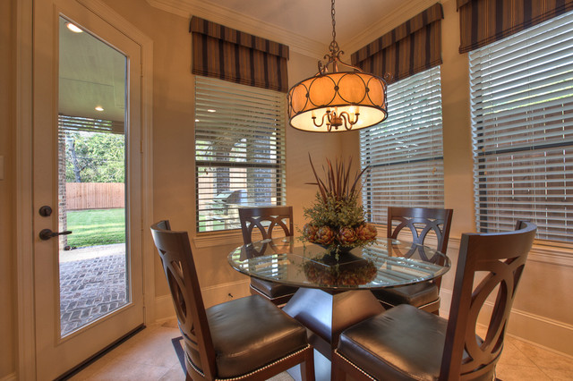 Elegant, classic and expansive designs traditional dining room