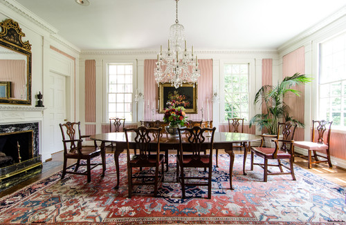 Traditional Dining Room by Suwanee Photographers Virtual Studio Innovations