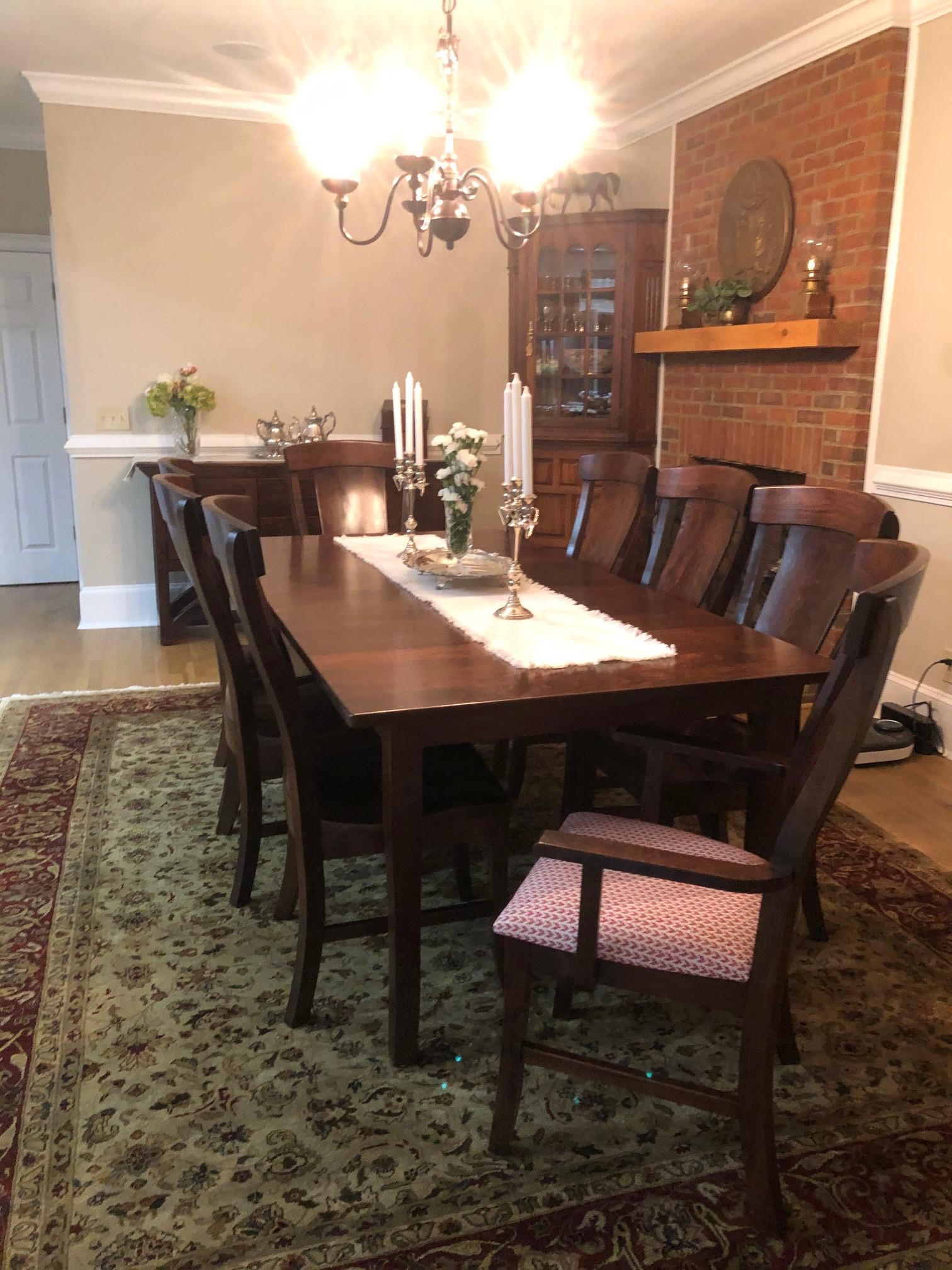 Traditional Farmhouse Elegant Dining Room