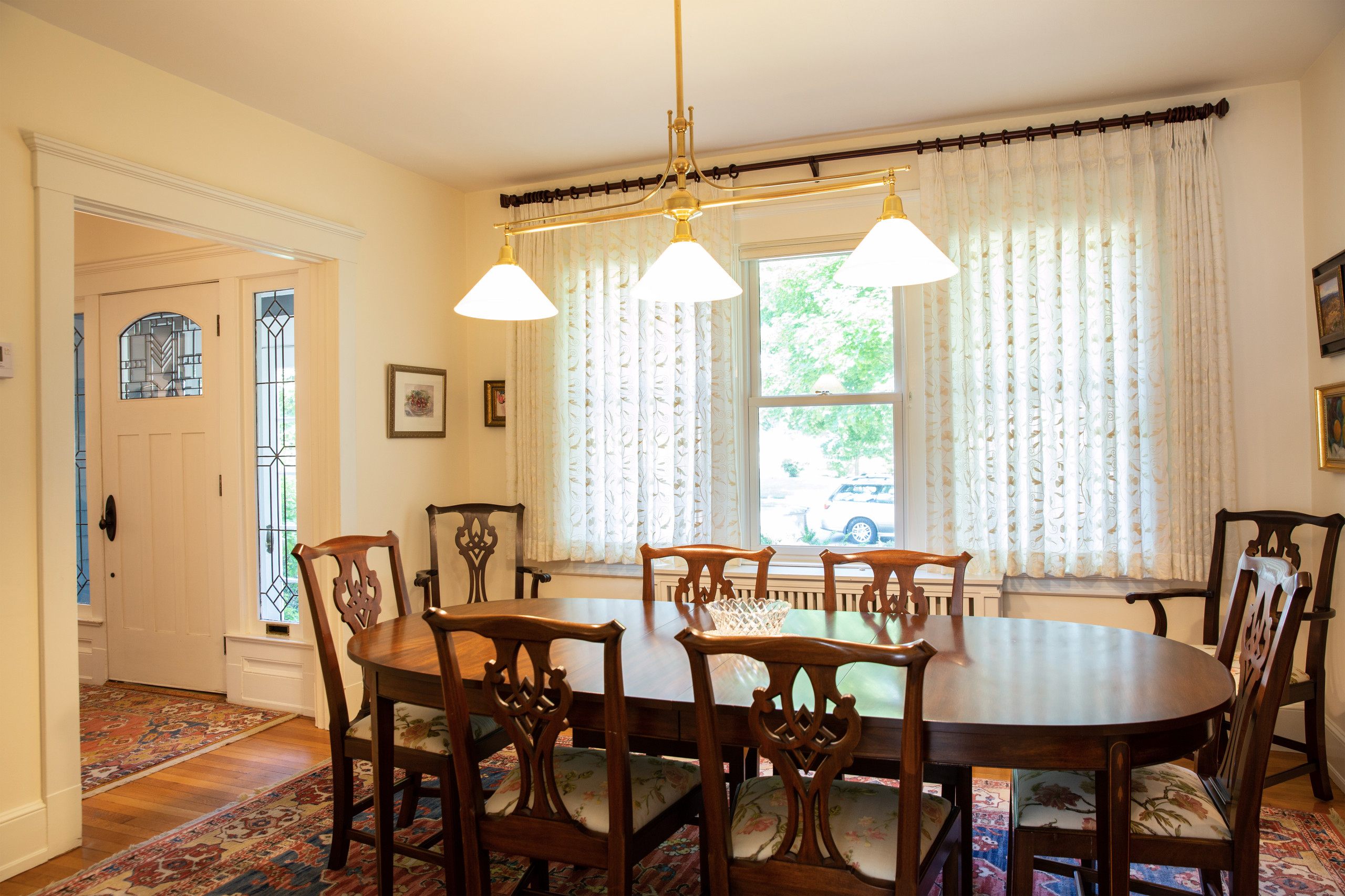 Traditional Living Room & Dining Room