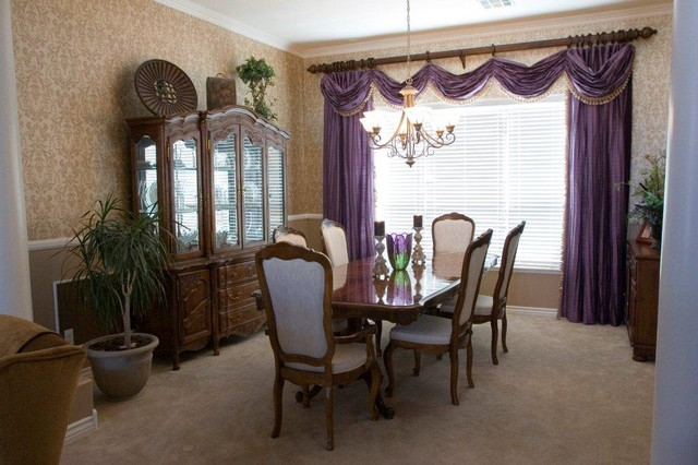 Shawna traditional-dining-room