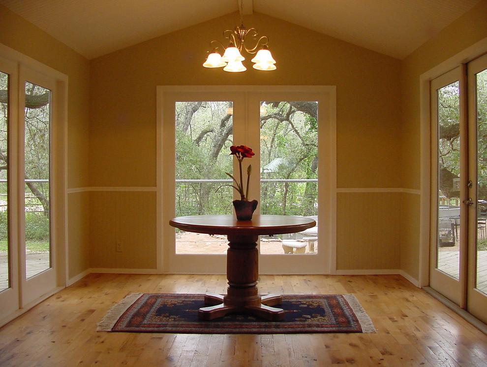 Dining room - farmhouse dining room idea in Austin