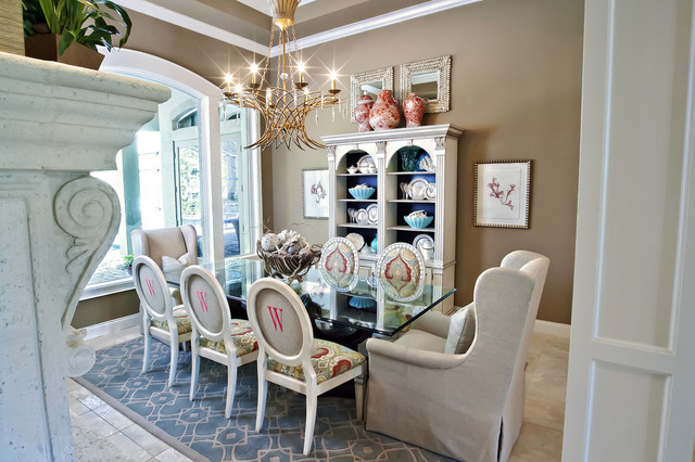 Eclectic Dining Room Photo In Orlando With Beige Walls