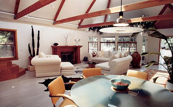 Trigg-Smith Architects - Project - A Transformed Beach Cottage contemporary-dining-room