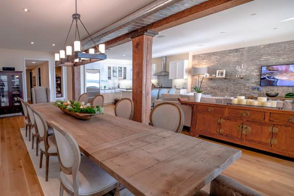 Tuscan Style Loft - Classique Chic - Salle u00e0 Manger - New York - par Marie Burgos Design