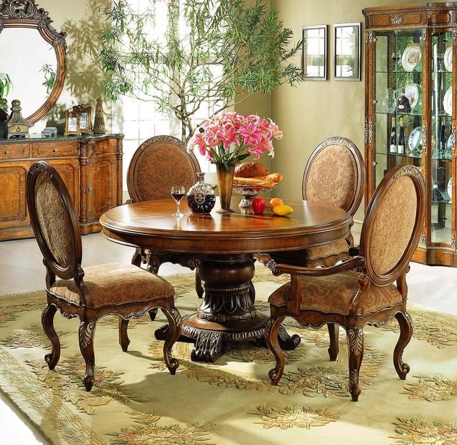 Tustin Dining Set traditional-dining-room