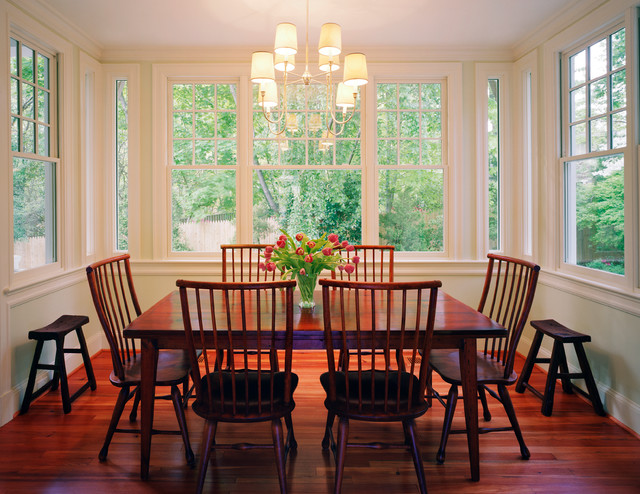 Updating a traditional chevy chase home traditional for Updating a traditional dining room