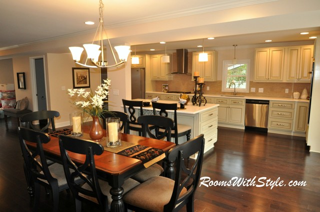 Vacant Model Home Staging Eclectic Dining Room