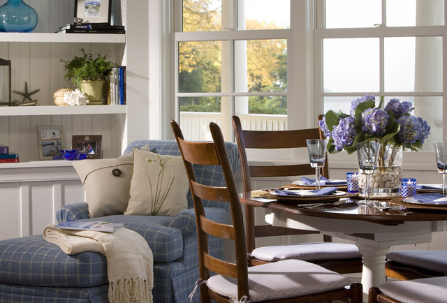 Vermont Shingle Style craftsman-dining-room