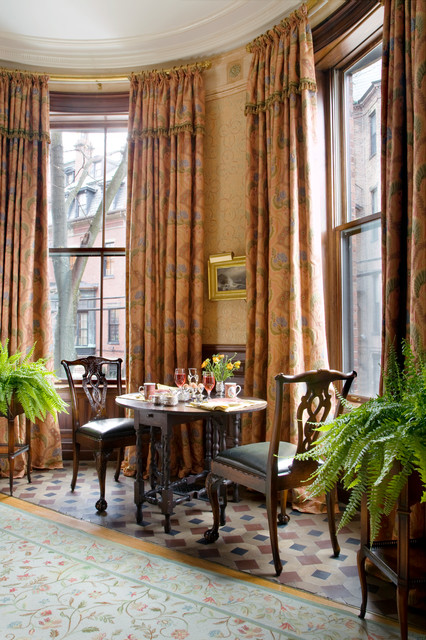 Victorian Brownstone traditional-dining-room