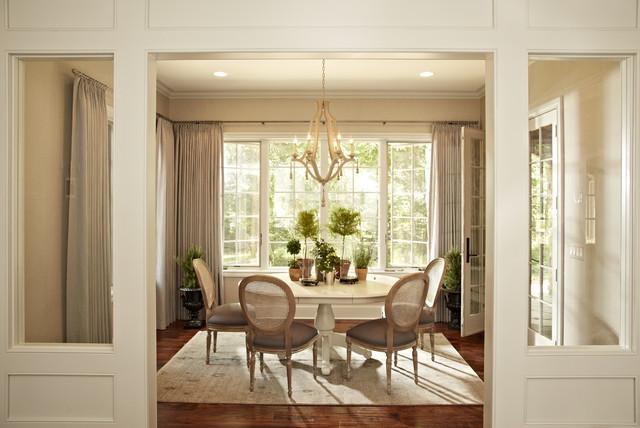 Villa House traditional-dining-room