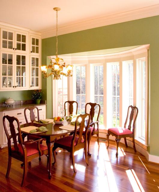 Virginia Retreat traditional-dining-room