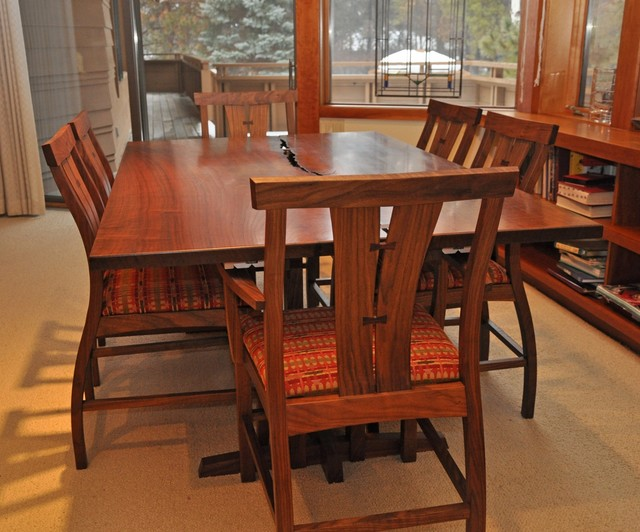 Walnut Crotch Dining Table And Chairs