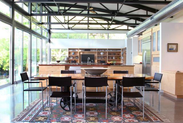 West Lake Residence: Interior modern-dining-room