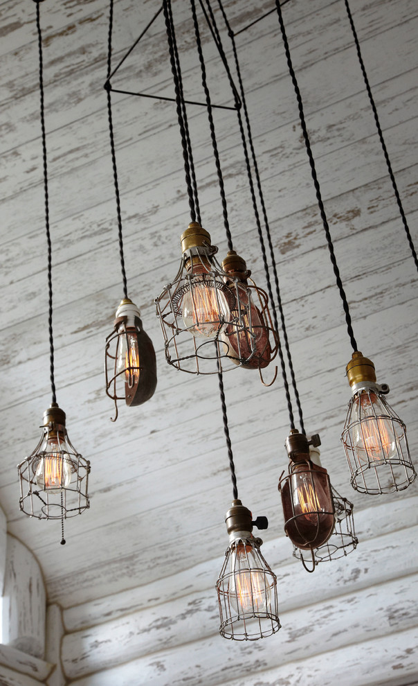 Inspiration for a rustic dining room remodel in Milwaukee
