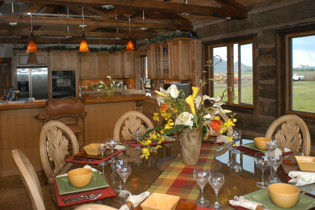Wildhorse Ranch traditional-dining-room