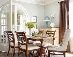 Winnetka Avenue traditional-dining-room