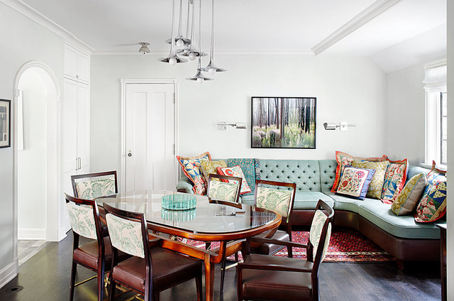 Winnetka residence traditional dining room chicago for Dining room design questions