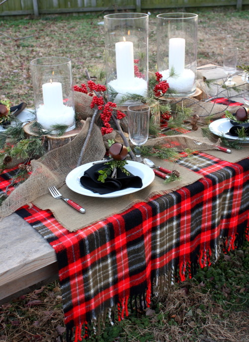 nothing says merry christmas like a table dressed in tartan
