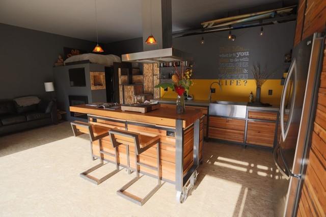 Zenbox portland adu design build contemporary dining room for Adu designs