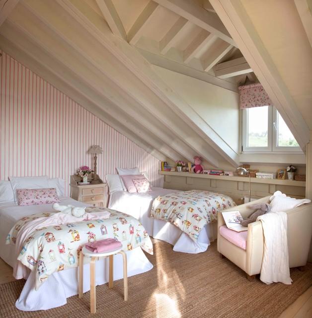 Dormitorio infantil coordonn rom ntico dormitorio - Lamparas para buhardillas ...