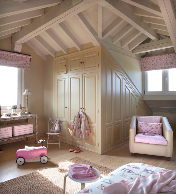 dormitorio infantil coordonn shabby chic style kinderzimmer madrid von dafne vijande. Black Bedroom Furniture Sets. Home Design Ideas