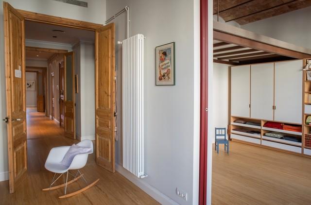 Reforma de vivienda en el eixample n rdico dormitorio for Dormitorio infantil nordico