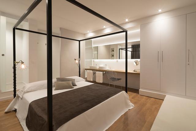 Suite Con Baño Integrado. Contemporaneo Dormitorio