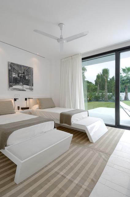 Vivienda sotogrande mediterr neo dormitorio other - Rafael llamazares arquitecto ...