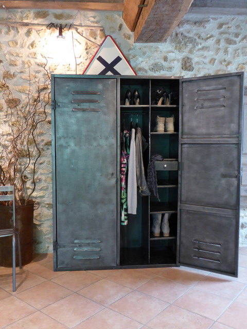armoire m tal ann es 50 industriel vintage dressing. Black Bedroom Furniture Sets. Home Design Ideas