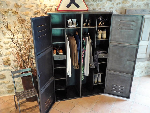 armoire m tal ann es 50 industriel vintage dressing penderie industriel armoire et dressing. Black Bedroom Furniture Sets. Home Design Ideas