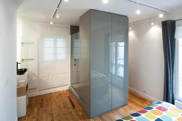 chambre salle d 39 eau et dressing r unis pour plus d 39 espace contemporain armoire et dressing. Black Bedroom Furniture Sets. Home Design Ideas
