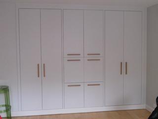 Placard avec secr taire integr contemporain armoire for Garde meuble le havre