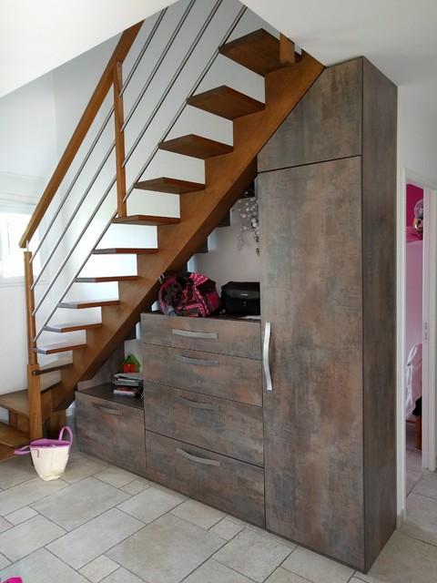 Sous-escalier - Industrial - Ankleidezimmer - Angers - von ...