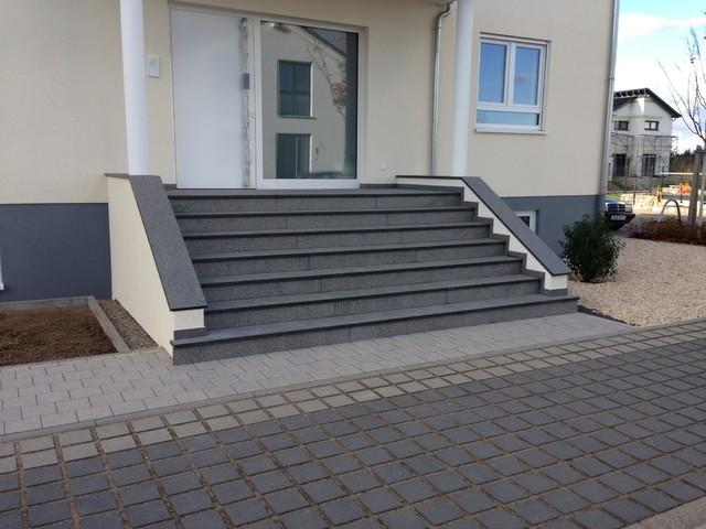 au entreppe fliesen naturstein au entreppe treppenanlage im au enbereich aus granit und. Black Bedroom Furniture Sets. Home Design Ideas