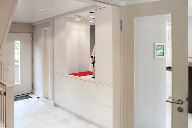 garderobe. Black Bedroom Furniture Sets. Home Design Ideas