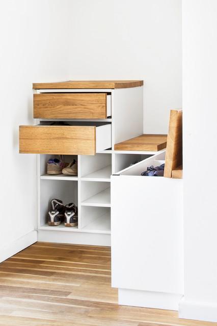 garderobe modern eingang hamburg von holzmanieren. Black Bedroom Furniture Sets. Home Design Ideas