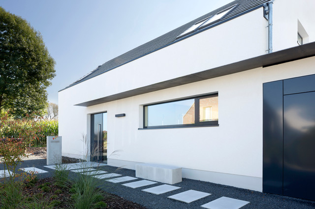 Haus f h neubau eines einfamilienhauses modern eingang for Architektur haus modern