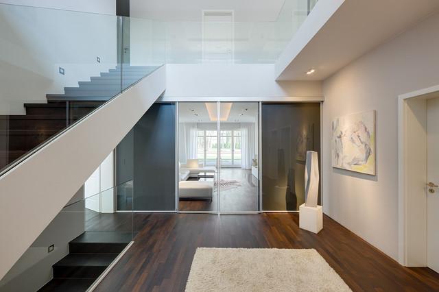 villa potsdam germany modern eingang berlin von berlinrodeo interior concepts. Black Bedroom Furniture Sets. Home Design Ideas