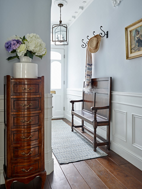 Example of an entryway design in London