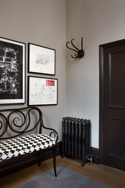 Idee per un ingresso vittoriano con pareti grigie