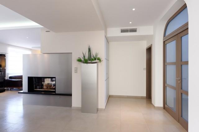 Appartement eguisheim contemporain entr e strasbourg par cabinet raymond ehrhard for Idee amenagement entree strasbourg